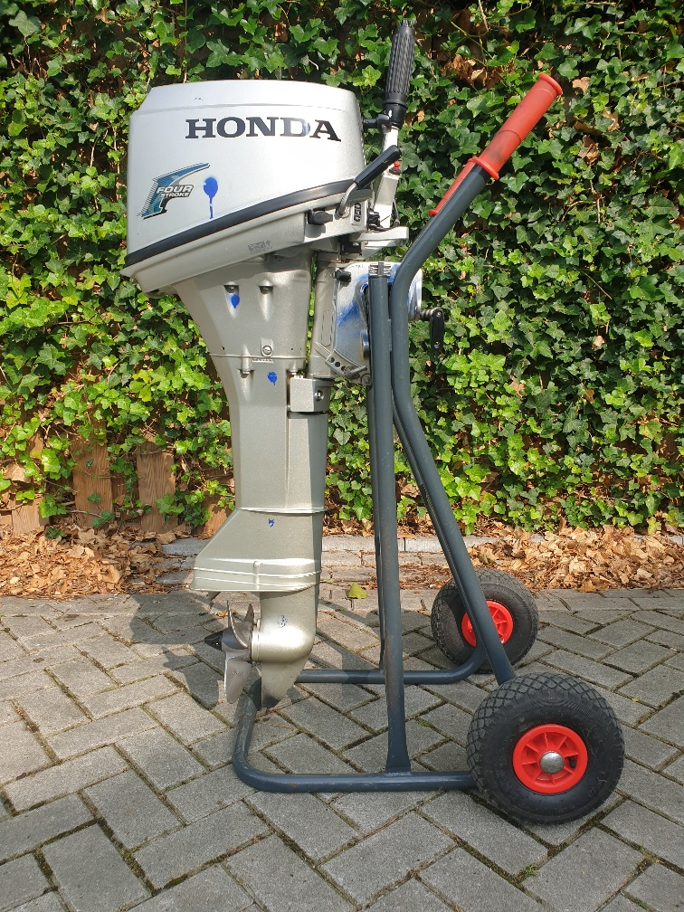 Honda 6pk in nieuwstaat Langstaart Handstart