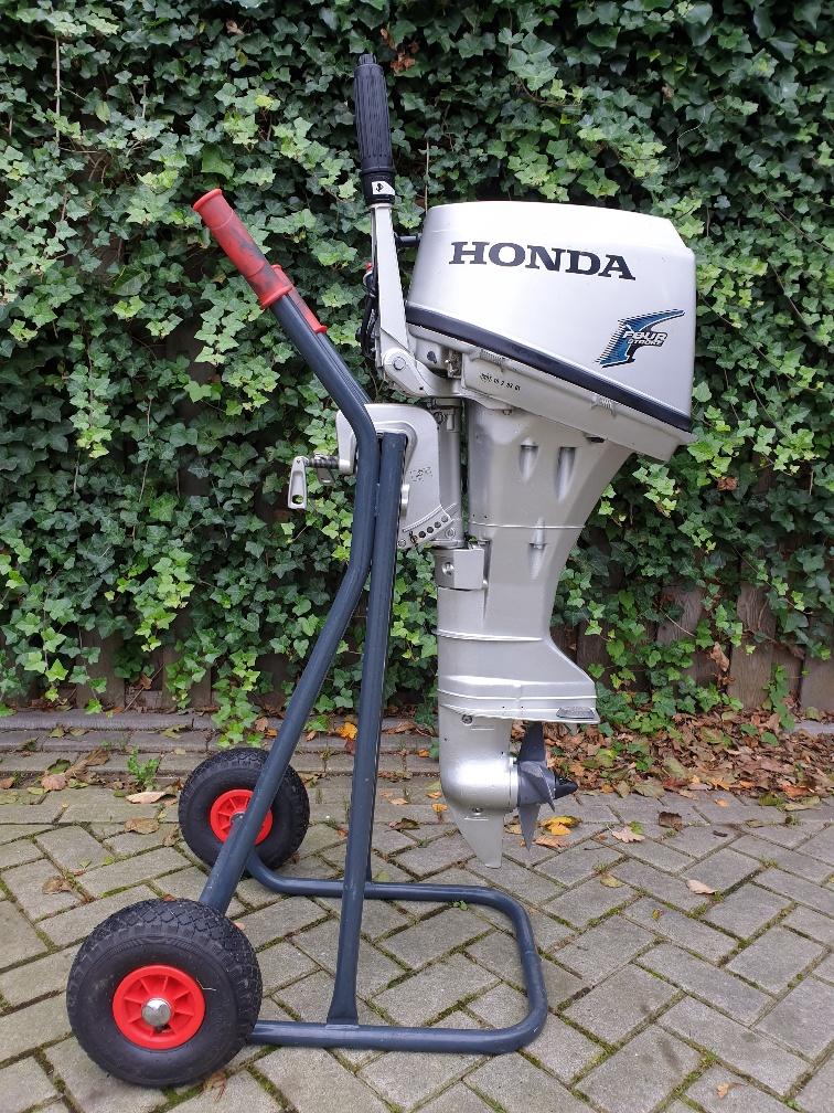 Honda 8pk 4takt. Kortstaart, knuppelbediening, handstart