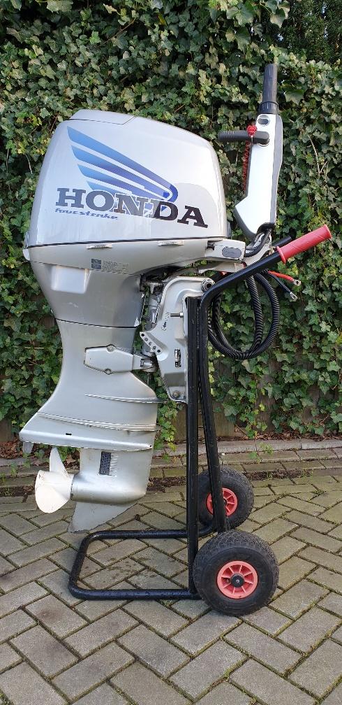 Honda 45pk 4takt Langstaart, Knuppelbediening, Elektrische start, Gaslift