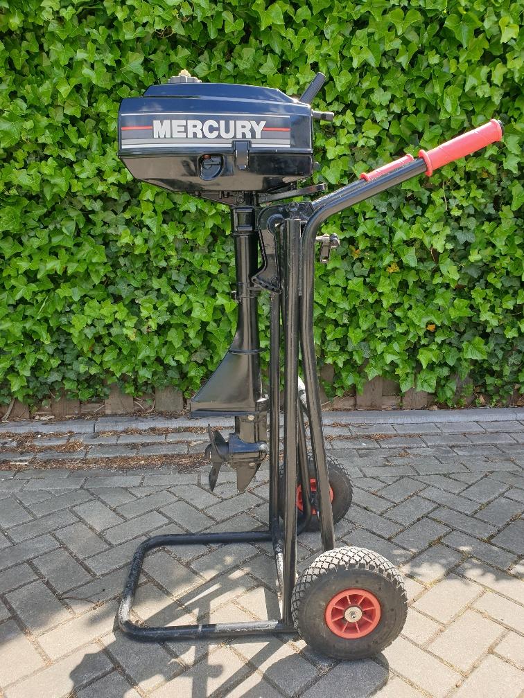 Mercury 3.3pk 2takt. Kortstaart, handstart, knuppelbediening.