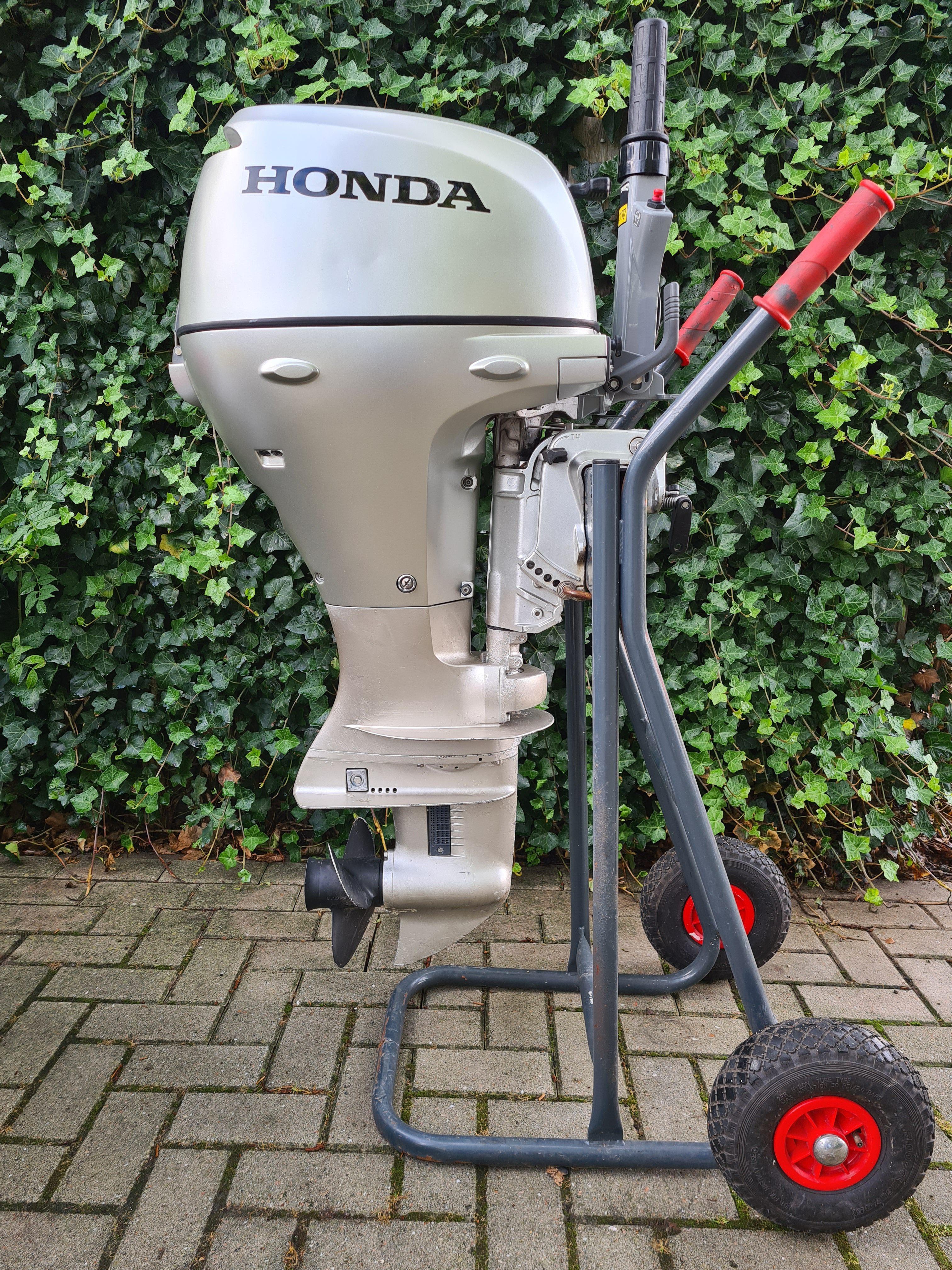Honda BF20D, kortstaart, knuppelbediening, handstart