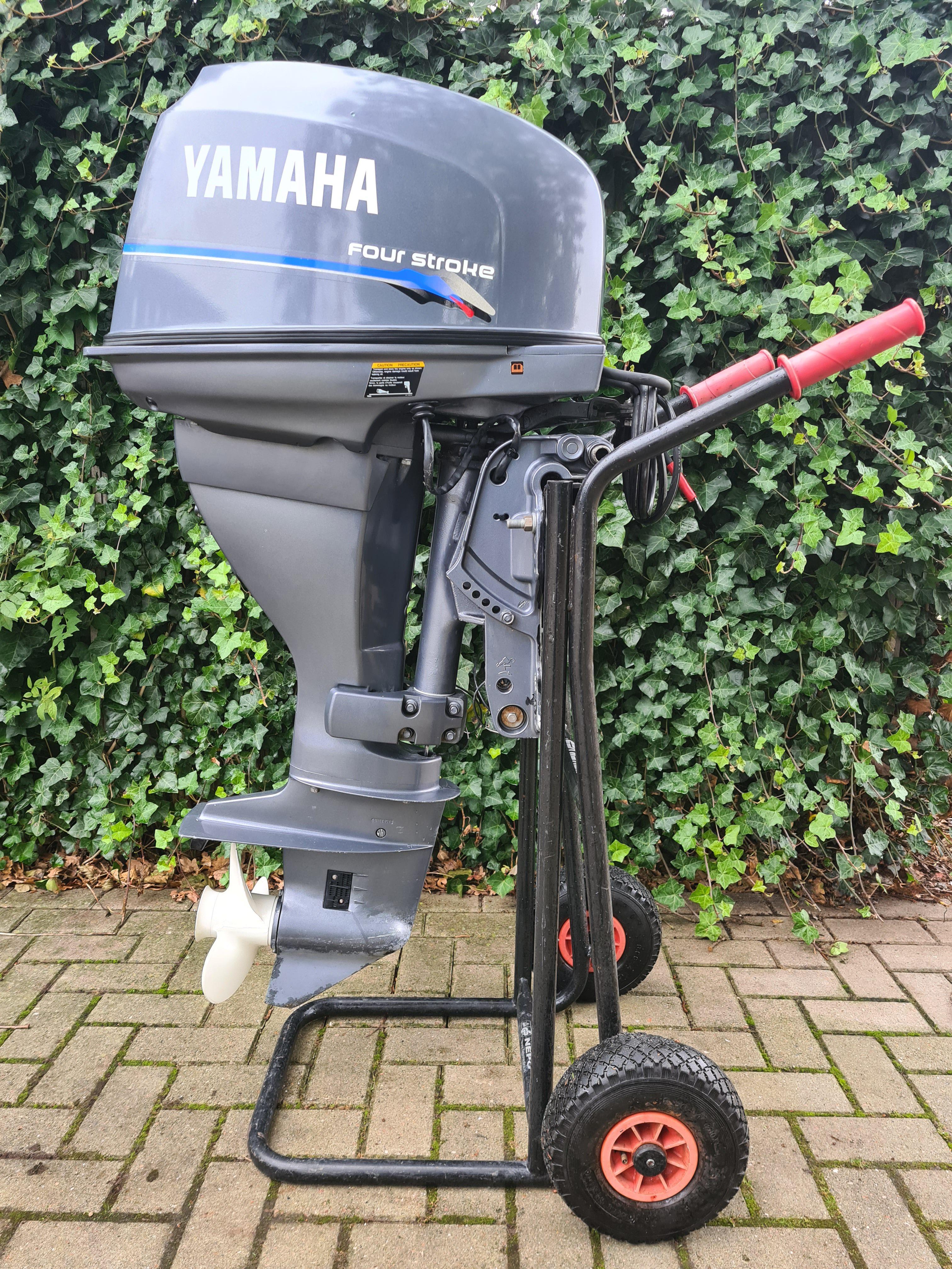 Yamaha 25pk 4takt, langstaart, afstandsbediening, elektrische start, powertrim